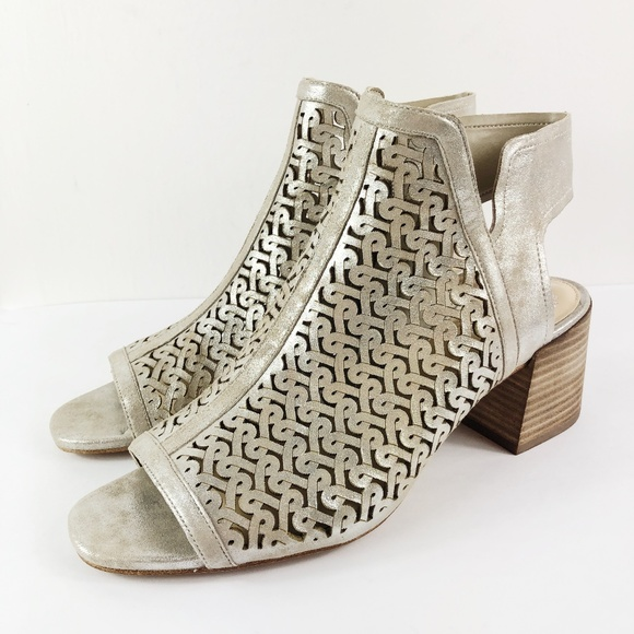 Vince Camuto Women/'s Sternat Heeled Sandal Choose SZ//Color